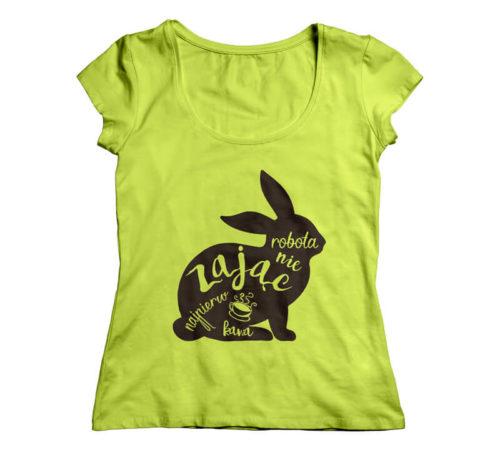 t-shirt damski koloru zielonego z nadrukiem - robota nie zając najpierw kawa